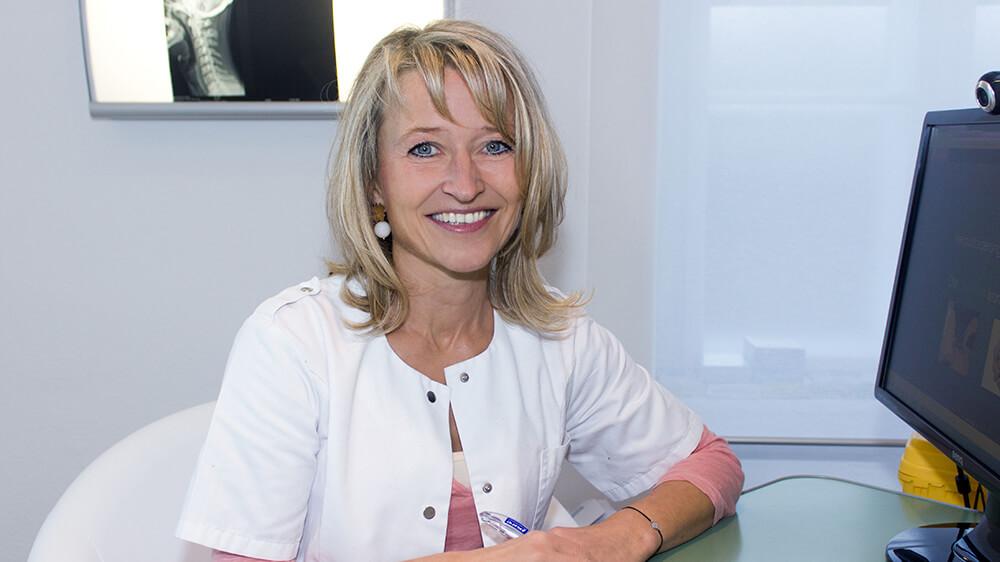 Dr. Helga Pirolt - Wahlarztordination für Osteopathie